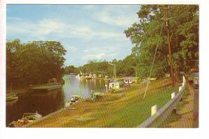 Trent Canal, Bobcaygeon  Ontario, Motor Boats, Len Leiffer
