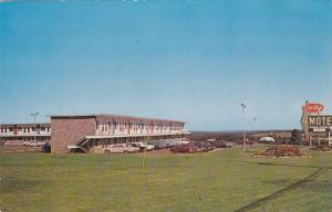 Exterior, Wandlyn Motor Inn,  Moncton,  N.B. at Magnetic Hill,  N.B,  Canada,...