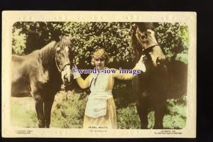 b6292 - Film Actress - Pearl White with Horses, Cinema Stars No.C.M.95- postcard