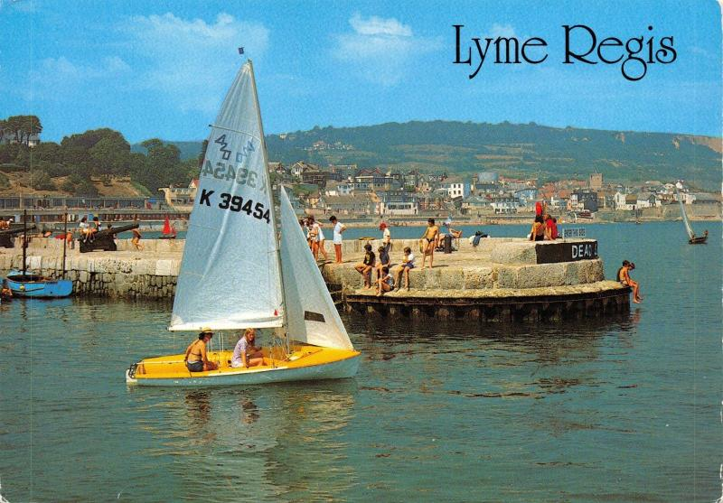 Dorset Postcard The Harbour Entrance, Lyme Regis by J. Salmon Ltd I28