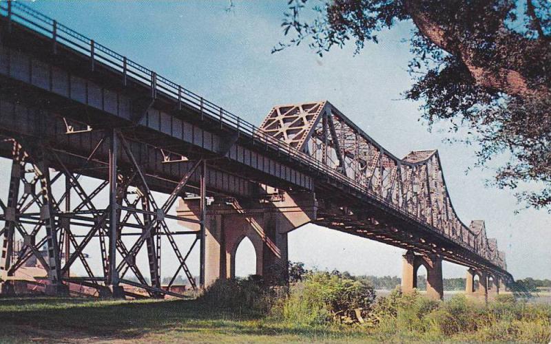 Mississippi River Bridge, Baton Rouge, Louisiana,  40-60s