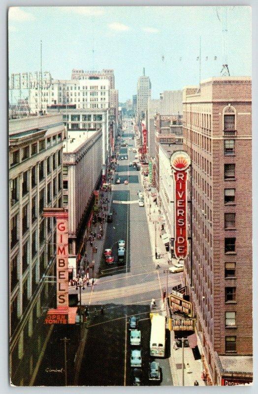 Milwaukee WI~Wisconsin Avenue~Gimbels Department Store~Riverside Theatre~1958