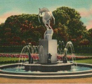 Barbour Memorial Belle Isle Park Fountain Detroit Michigan MI Postcard