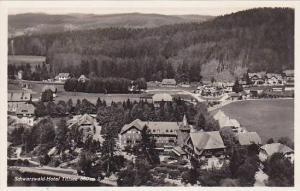 RP; Schwarzwald-Hotel Titisee 860m. u. M., Baden-Wurttemberg, Germany, 10-20s