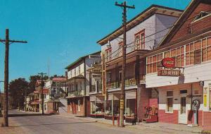 AMQUI, Co. Matapedia , Quebec , Canada , 50-60s Rue St-Benoit, Scale , Coca Cola
