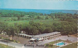 Country Squire Motel, Swimming Pool, 1000 Islands, Gananoque, Ontario, Canada...