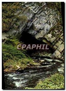 Modern Postcard Han sur lesse Chasm Belvaux