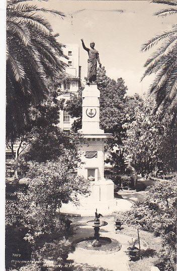 RP, Monument , MONTERREY N.L., Mexico , 30-40s