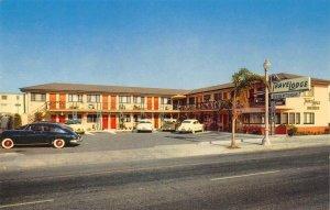 Downtown Travelodge, San Diego, CA Highway 101 Roadside c1950s Vintage Postcard