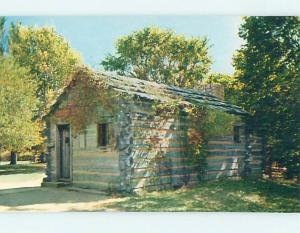 Unused Pre-1980 LOG CABIN POST OFFICE SCENE New Salem Illinois IL hs0958
