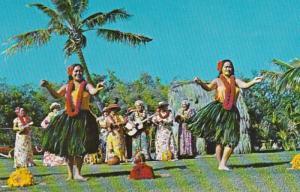 Hawaii Waikiki Hula Dancers At Kodak Hula Show