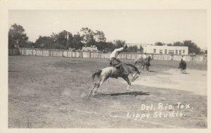 RP: DEL RIO , Texas, 1910-20s ; Rodeo , Broncho Riding