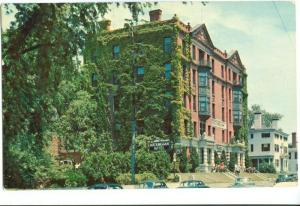 Rockingham Hotel and the Colonel Joseph Whipple House