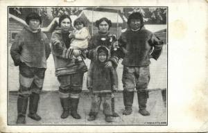 denmark, Greenland Grönland (?), Inuit Eskimo Family (1910s)