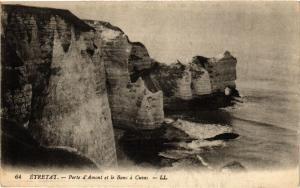CPA ETRETAT-Porte d'Amont et le Banc a Cuves (269868)
