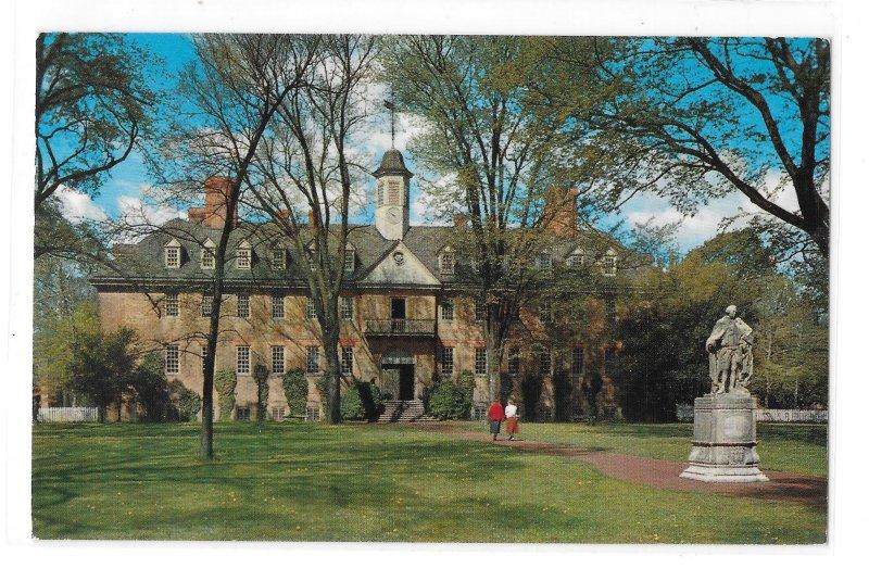 VA Wren Building College of William and Mary Williamsburg Virginia Vntg Postcard