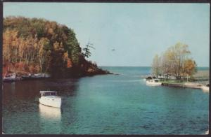 River Harbor Entrance,Lake Superior Postcard BIN