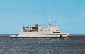 TRANS-ST-LAURENT Ferry liner of la Traverse Riviere-du-Loup - St. Simeon, 194...