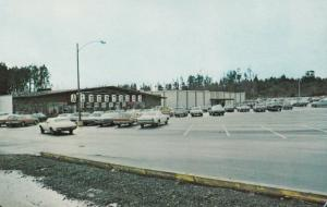 NORTH BEND , Oregon , 1950-60s ; Newmark Villa Shopping Center