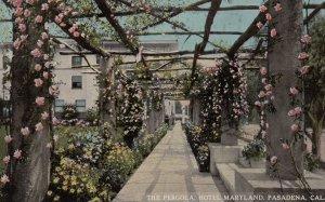 PASADENA , California , 00-10s ; Pergola , Hotel Maryland