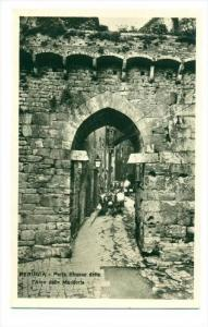 RP  Ox Teams coming down narrow Street, PERUGIA, Italy, 00-10s   Porta Etruso...