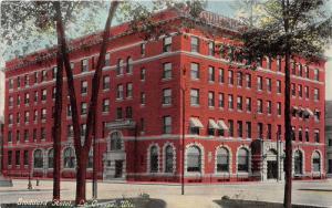 La Crosse Wisconsin~Stoddard Hotel~Cobble Stone Street~c1910 Postcard