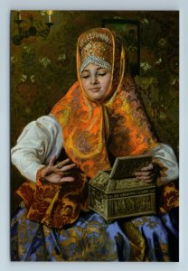 PRETTY WOMAN in Russian Ethnic Folk Costume RINGS Jewelry New Unposted Postcard