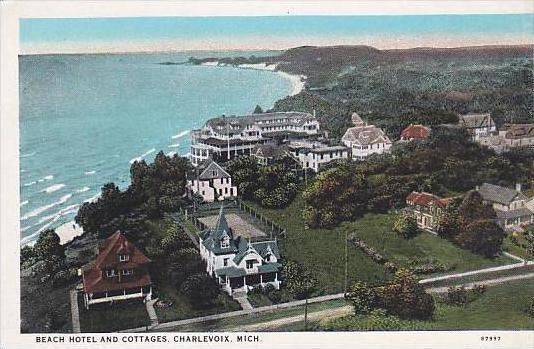 Michigan Charlevoix Beach Hotel &  Cottages