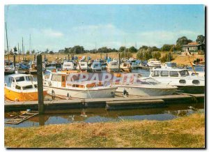 Postcard Modern Wageningen Jachthaven