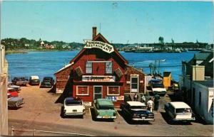 Fisherman's Pier Restaurant, Portsmouth NH c1968 Vintage Postcard H07