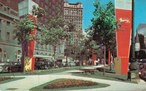 USA Washington Boulevard and the Statler Hotel 01.71