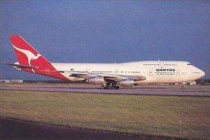 QUANTAS BOEING 747-300