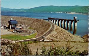 Bennett Dam BC British Columbia WAC Vintage Postcard D78