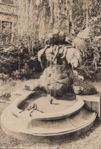 Monument Of Swiss Water Children & Giant Toad Statue RPC Postcard
