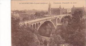Luxemburg Le pont Adolphe et l'ancienne Passerelle au fond