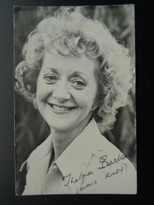 Coronation Street Actress THELMA BARLOW Mavis Riley c1970/80's signed Photocard