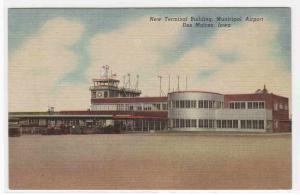 Airport Terminal Des Moines Iowa linen postcard