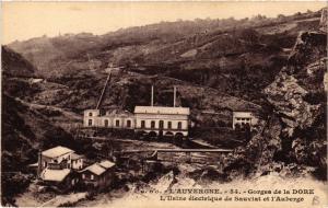 CPA Auvergne Gorges de DORE Usine electrique de Sauviat et l'Auberge (408031)