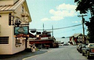 Maine Boothbay Harbor Tugboat Inn Restaurant Lounge and Marina