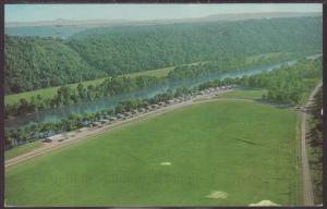 Al Gaston's White River Resort,Lakeview,AR Postcard BIN