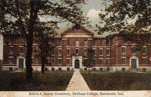 LPA05 Richmond Indiana Earlham College Edwin S. Bundy Dormitory Postcard