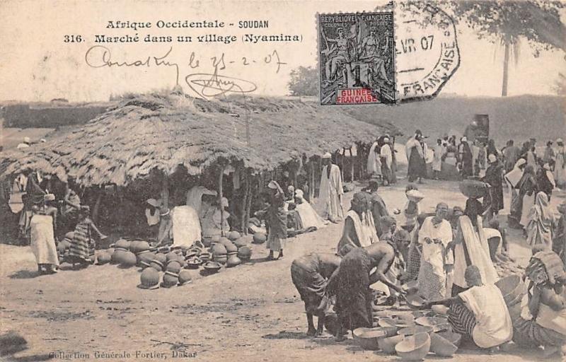 Mali Marche dans un village (Nyamina) Koulikoro Native Men Market Pottery 1907