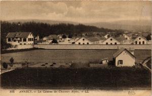 CPA ANNECY - Les Casernes des Chasseurs Alpins (691399)