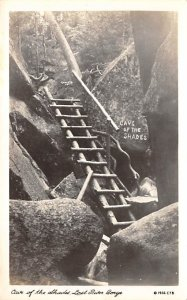 Cave of the Shades Lost River Gorge, New Hampshire, USA 1937 real photo