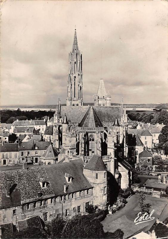 France Senlis, View on the Cathedral and the Bishopric Gardens