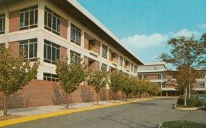 TOWSON , Maryland, 1950-60s ; Baltimore Medical Center