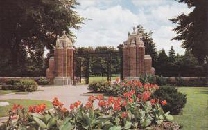 Jackson Park Gates, Flowers, Windsor, Ontario, Canada, 40´s-60´s