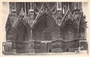 BR38092 Reims portail central de la cathedrale france