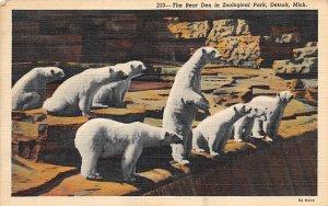 Bear Den in Zoological Park Detroit, Michigan, USA Bear 1944