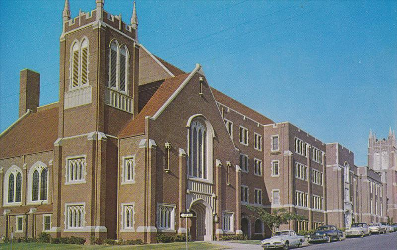 Exterior,  First Baptist Church,  Oklahoma City,  Oklahoma,  40-60s
